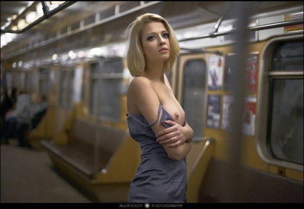 porno-foto-parni-v-plavkah